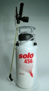 "Solo 2 Gallon Foamer w/12"" Injector"